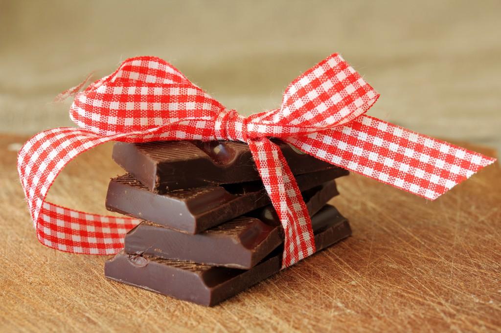 Шоколад и бант