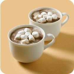 2 кружки горячего шоколада