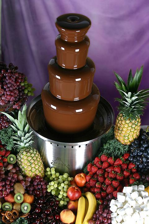 Фонтан из шоколада