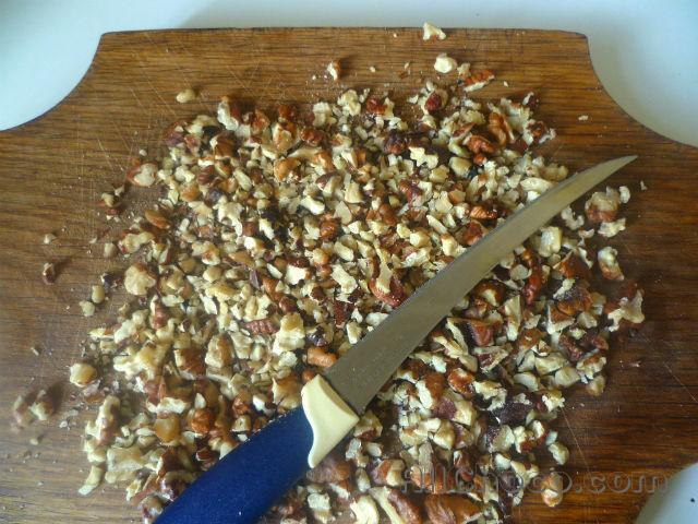 Подготовим грецкие орехи