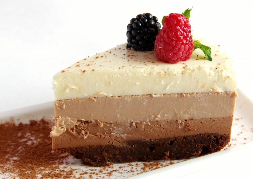 Торт три шоколада в разрезе