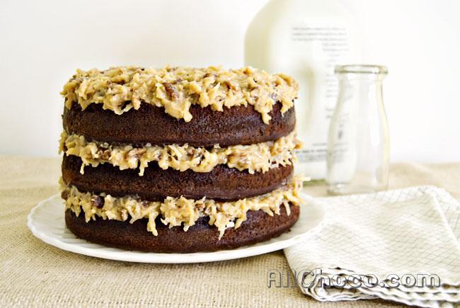 Готовый немецкий шоколадный торт