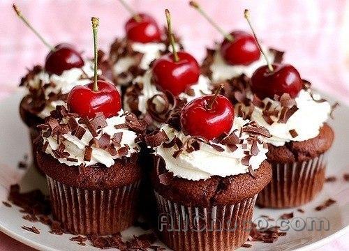 пай с вишнями и белым шоколадом
