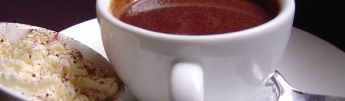 Как пить горячий шоколад?