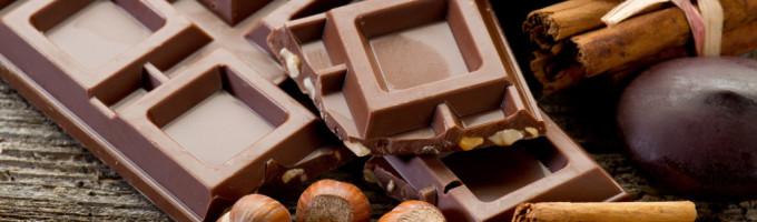 Почему женщины так сильно любят шоколад?