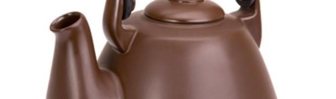 Джон Костелло придумал заварочный чайник из шоколада