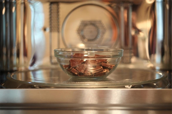 Шоколад в микроволновке