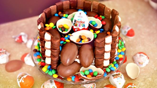 Торт в фирменном стиле Киндер