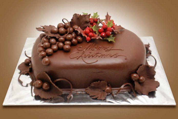 Красивый шоколадный декор для Рождественнского торта