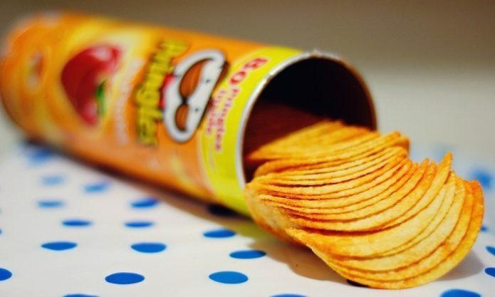 Британские учёные объявили чипсы и шоколад здоровой едой