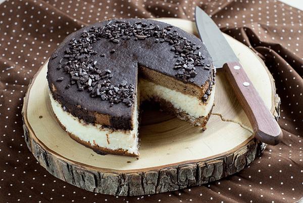 Торт «Баунти» с кокосовой начинкой