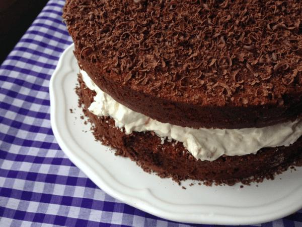 Торт «Баунти» с натертым шоколадом