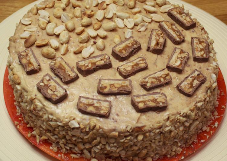 Как приготовить торт Сникерс?