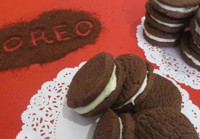 Печенье «Орео» на салфетках
