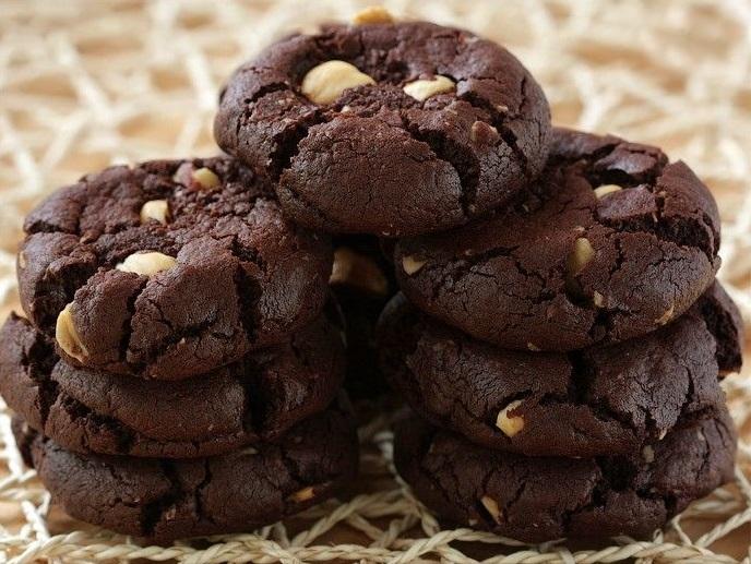Простой рецепт вкусного домашнего шоколадного печенья