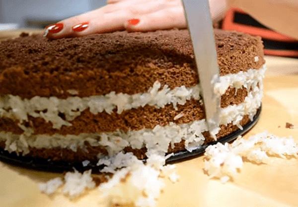 Придание формы торту