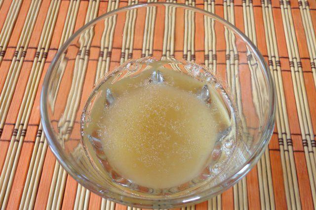 Залитый водой желатин