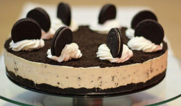 Готовый торт «Орео»