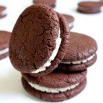 Шоколадное печенье со слоем крема