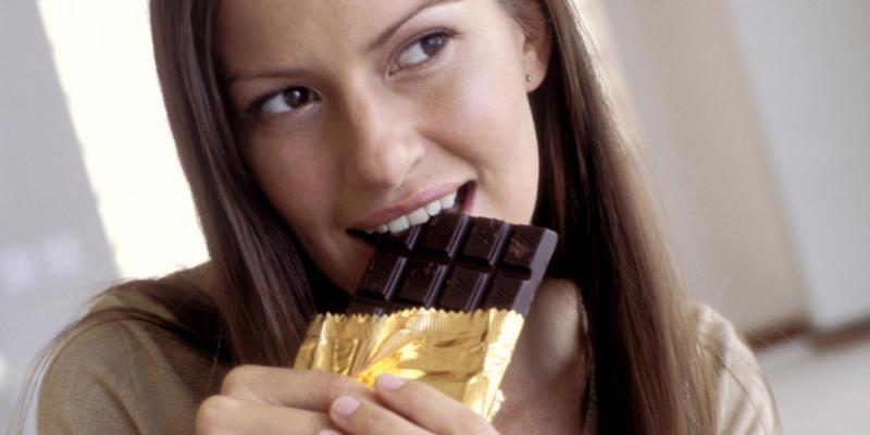 Сколько шоколада можно съедать в день?