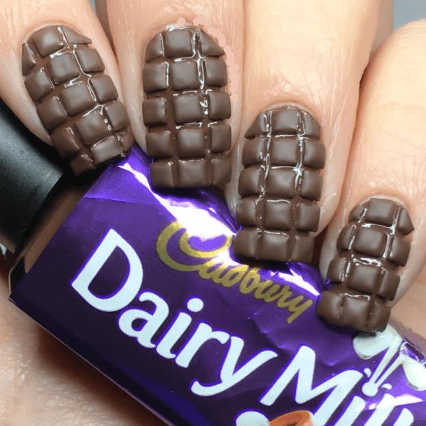 шоколадный маникюр фото