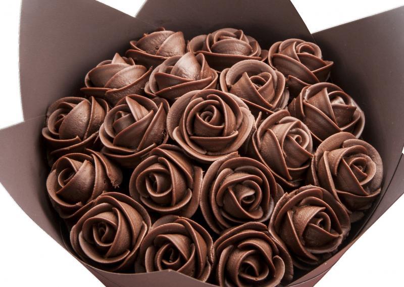 Букет из шоколада: 20 креативных идей