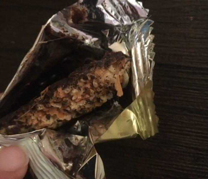 Конфеты с червями