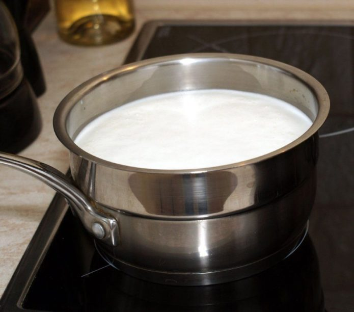 Подогретое молоко