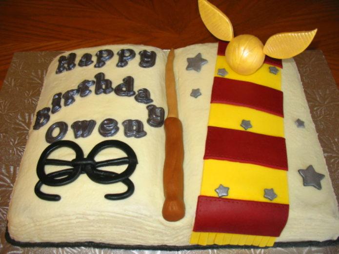 торт с буквами