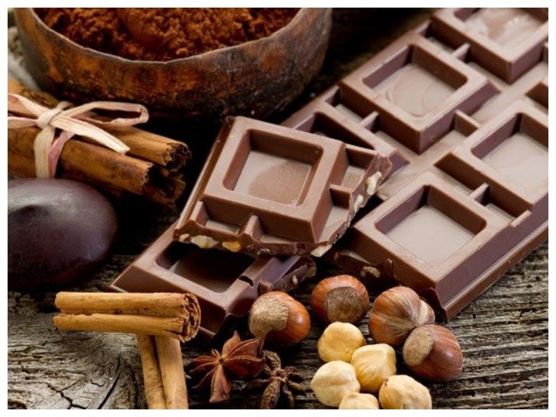 Можно ли гипертоникам есть шоколад?