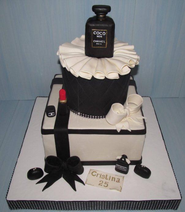 Необычный мастичный торт