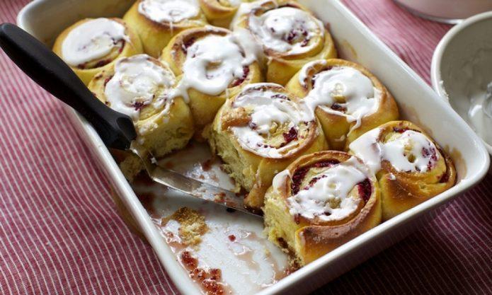 Пирожные с глазурью