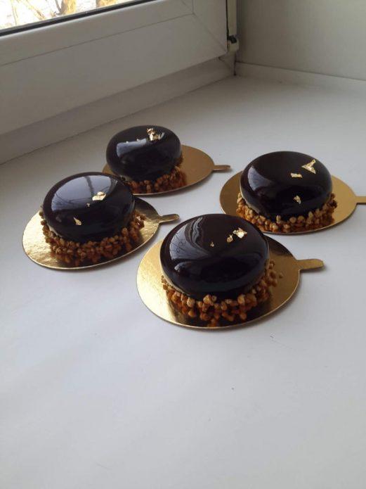 Муссовые пирожные