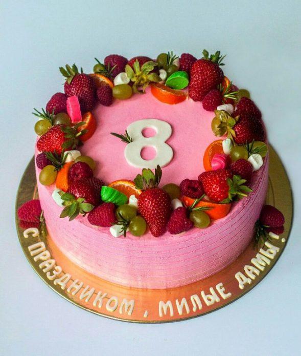 Торт на 8 Марта с надписью