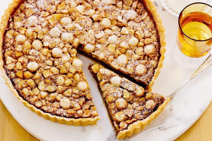 Пирог с орехами макадамия