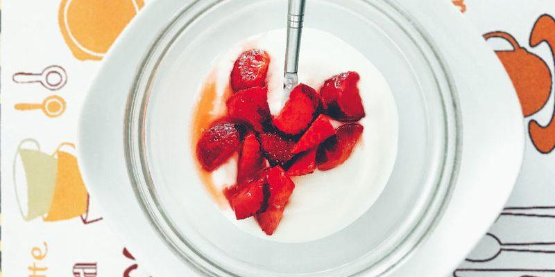 Роскачество обнаружило кишечную палочку и хлоргексидин в йогурте двух марок