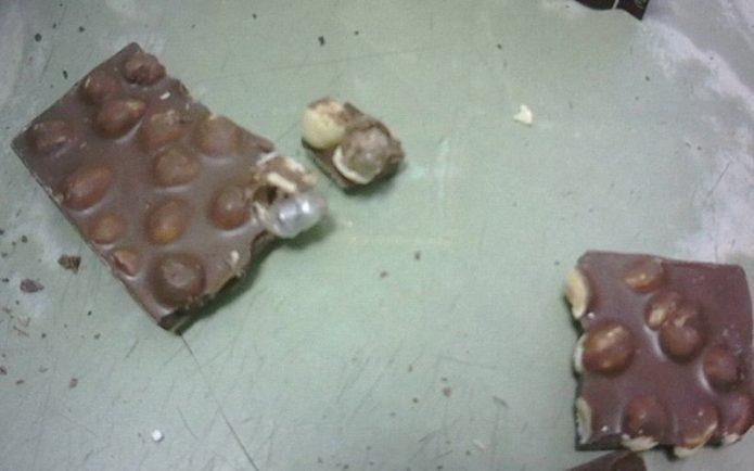 Шоколад с необычной начинкой прислали в мордовскую колонию