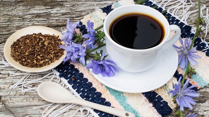 Чем заменить кофе и сахар, чтобы поправить здоровье