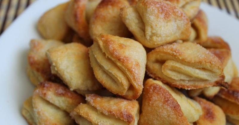 Рассыпчатое печенье из творога, которое гости уплетают за обе щеки