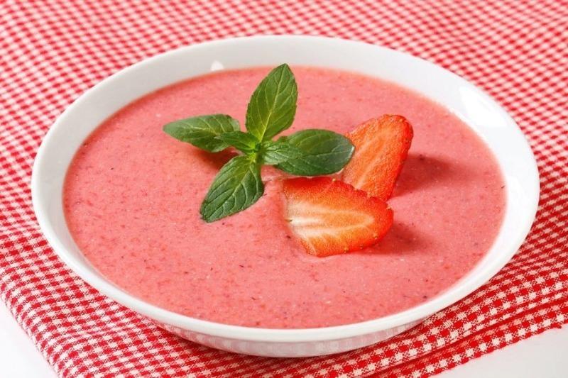 Вкуснее супа я не пробовала, нужно просто в молоко добавить фрукты