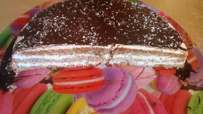 Маковый торт со сметаной и шоколадом