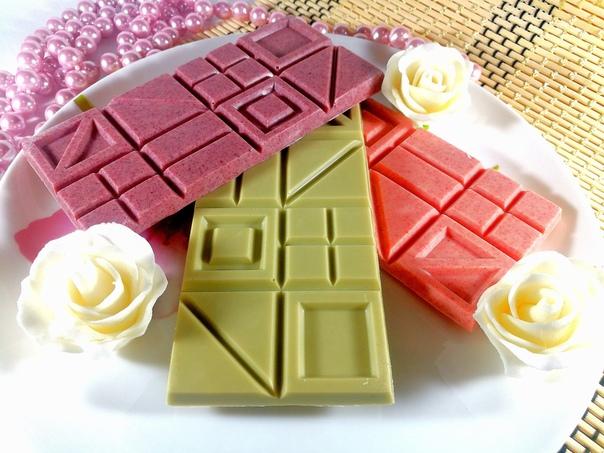 Как сделать фигурки из цветного шоколада: краткая инструкция